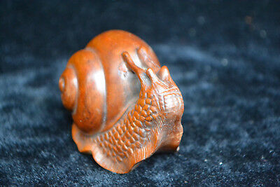 Collectible china Culture Old Handwork boxwood Carve snail rare netsuke Statue