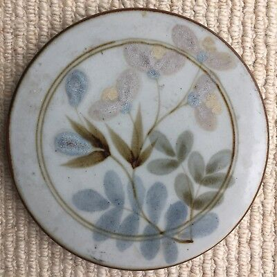 Highland Stoneware Trivet with Early Lochinver Back Stamp 15cms Diameter