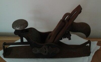 An Antique No 113 Stanley Barrel & Wheelwrights Concave & Convex Plane. Rare.