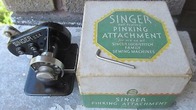 SINGER 121021 PINKING ATTACHMENT ~For Featherweight etc.~FREE SHIPPING!
