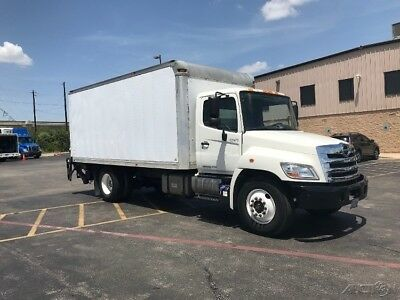 Penske Used Trucks - unit # 628470 - 2012 Hino 268