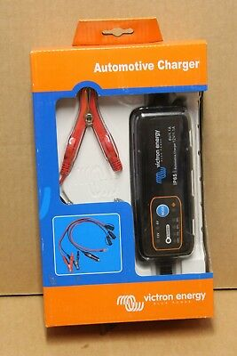Chargeur batterie voiture  moto 1.1A,  6V & 12V VICTRON ENERGY Blue Power IP65