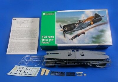 """SPECIAL HOBBY 32023 H-75 Hawk """"Sussu over Finland"""" in 1:32 LIMITED"""