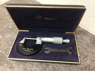 Mintutoyo 0.25mm Micro Meter 0-25mm 0.01mm with Case and Mini Spanner