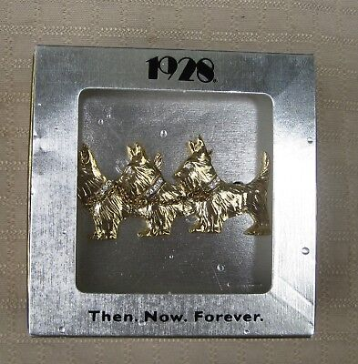 3 Scottie Dogs Chained Together Pin with Rhinestones by 1928 in Box