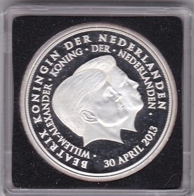 Niederlande  Medaille   Willem Alexander & Beatrix 30. April 2013   (M13)