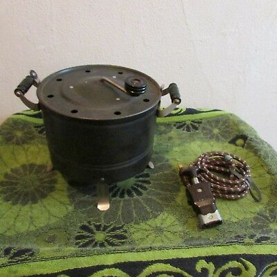 Great Vintage Electrahot Manual/electric Popcorn Popper. Cloth On/off Cord