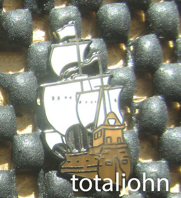 Disney DLR - 2001 Mini Pin POM NeverLand Series Clipper Pirate Ship Pin