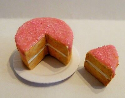 Dolls House Miniature Food * Sliced Pink Frosted Cake Plate * Combined P+P