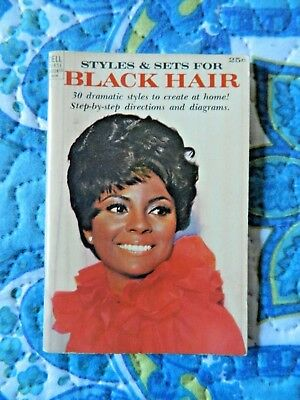 Styles & Sets for Black Hair Dell Purse Book (1968)