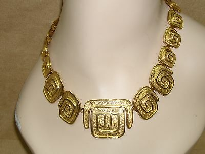 Stunning Vintage Bright Gold Tone Egyptian Style Runway Necklace! Must-C