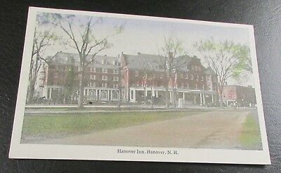 Old Postcard<HANOVER, N.H.>{Dartmouth College-THE HANOVER INN}