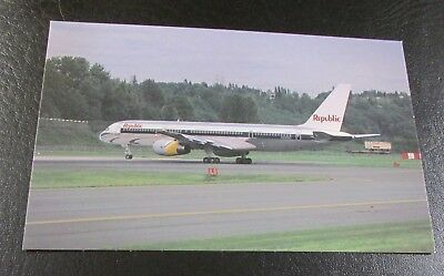 Postcard..<Commercial Jet Airliner> REPUBLIC AIRLINES < BOEING 757-2S7 >