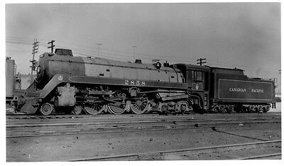 LL660 RP 1950/60s? CP CANADIAN PACIFIC RAILROAD ENGINE #2858 SUTHERLAND SK