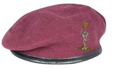 Maroon Royal Signals Para Beret and Official Issue ORs' Badge SIZES 52 - 62cm