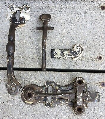 Antique 1846 Victorian Cast Wrought Iron Thumb Latch Door Handle Farm House Gate