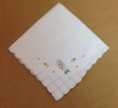 Vintage Ladies Hanky, Handkerchief, White, Embroidered Flowers, Yellow, Green