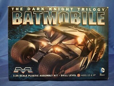 Moebius #943 Batmobile Dark Knight Trilogy 1/25 Parts Complete No Instructions