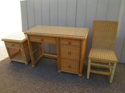 58290  Wicker  Desk with Matching Chair
