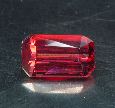 RHODOLITH     tolle  Farbe      0,99 ct
