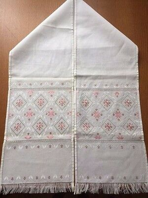 Ukranian Rushnyk Table Runner Wall Hanging Hand Embroidered Traditional Scarf