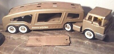 VINTAGE 1960S STRUCTO CAR HAULER TRUCK + TRAILER PRESSED STEEL TOY  w/  RAMP