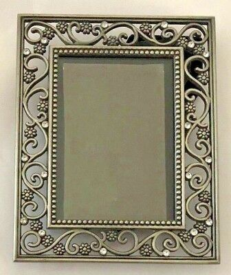 Silvertone Red 4x5 Picture Frame Holds 25x35 Photo 1190