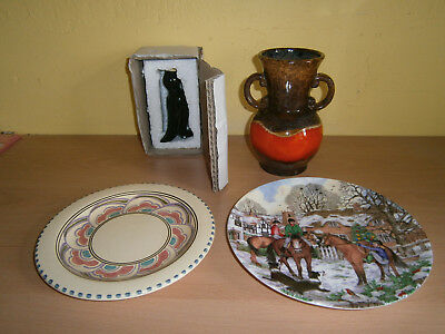 Collectables. A Nice Little Lot Of Four Pottery Items, All In Good Condition