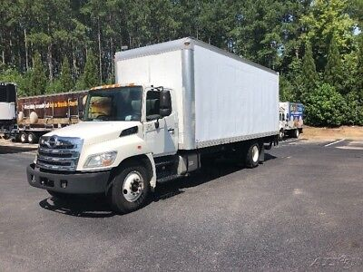 Penske Used Trucks - unit # 621334 - 2012 Hino 268