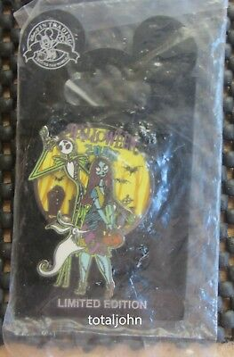 Disney Nightmare Before Christmas Halloween 2008 Jack Skellington & Sally Pin