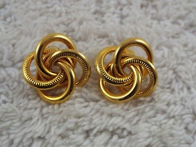 Goldtone Knot Pierced Earrings (A32)