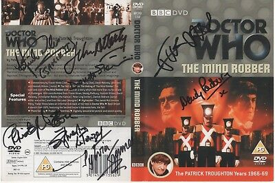 Dr Who The Mind Robber DVD Cover Auto by 8 People