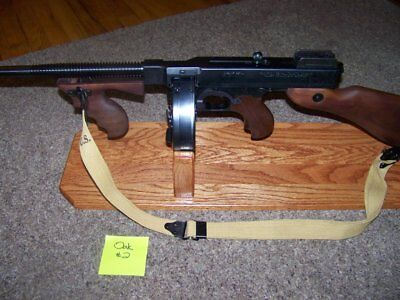 ..solid Oak Display Stand For Thompson 1927A-1 (T-1) W/drum ...tommy Gun! #2