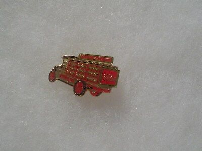 Coca Cola Old Time Red Delivery Truck Pin ~ 1988 ~ Made in Taiwan