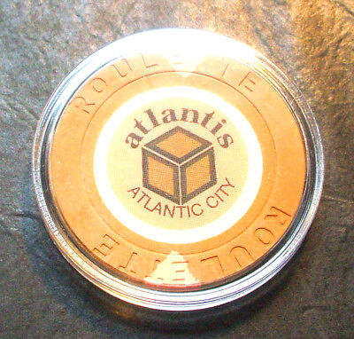 Atlantis CASINO ROULETTE CHIP - 1984 - ATLANTIC CITY, New Jersey - Tan - E