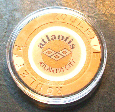 Atlantis CASINO ROULETTE CHIP - 1984 - ATLANTIC CITY, New Jersey - Tan - G