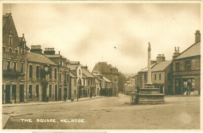 The Square, Melrose