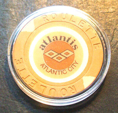 Atlantis CASINO ROULETTE CHIP - 1984 - ATLANTIC CITY, New Jersey - Tan - K