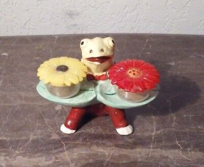 Vintage Frog With Flowers Salt And Pepper Shakers Japan