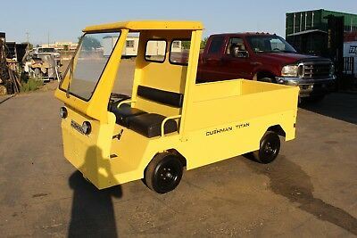 CUSHMAN TITAN 36V Industrial Flatbed Electric Utility Cart