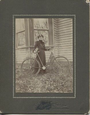 Cabinet Photo Woman with Bicycle Deluth Minnesota c.1900