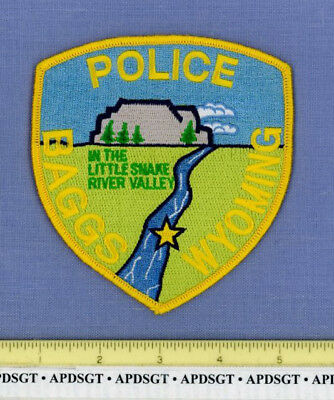 BAGGS WYOMING Sheriff Police Patch IN THE LITTLE SNAKE RIVER VALLEY COLORFUL!!