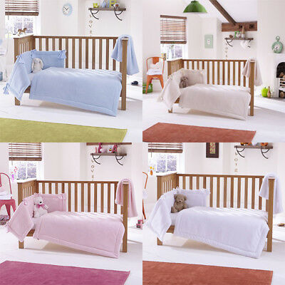 Clair de Lune Honeycomb 3 Piece Quilt Bedding Bale, Cot/Cot Bed