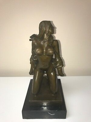 statue bronze - GIRL ON HER KNEES WITH WHIP NAKED - BRONZE STATUE