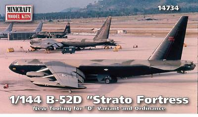 Minicraft 14734 - 1/144 B25D Stratofortress - Neu