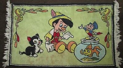 "Vintage Pinocchio Rug, ""As is"" Jiminy Cricket, Figaro Cat, Cleo Gold Fish Disney"
