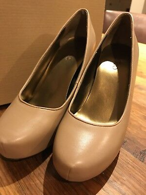 "Me Too ""Lamb"" Light Brown Leather Platform Pumps 7 M"