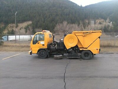2003 Isuzu NPR Tymco 435 Parking Lot Street Sweeper 67K Miles 2k hours