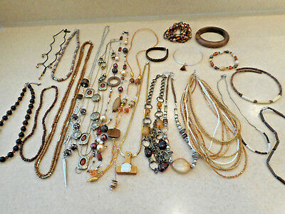 Awesome 21 Pc Mixed Lot Vintage/Estate/Modern Costume Jewelry ALL WEARABLE 1+Lbs