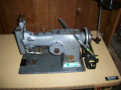 singer 107 Commercial/ Industrial Sewing Machine Four Stitch/Three Step